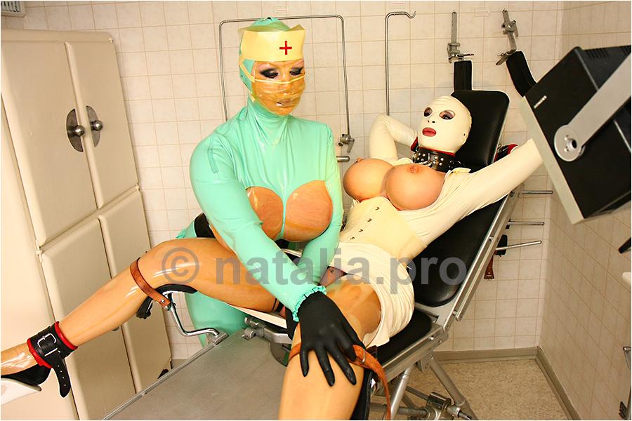 Freundin Vollbusige Brustwarzen Massage